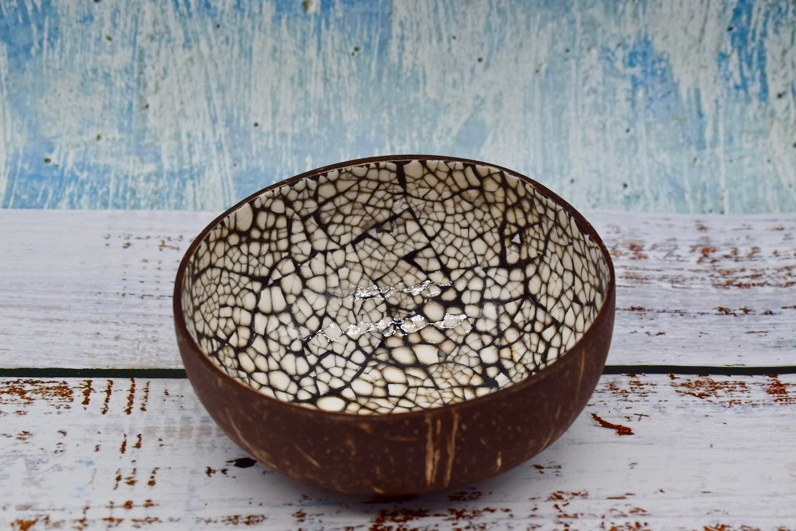 Coloured coconut bowl, black colour