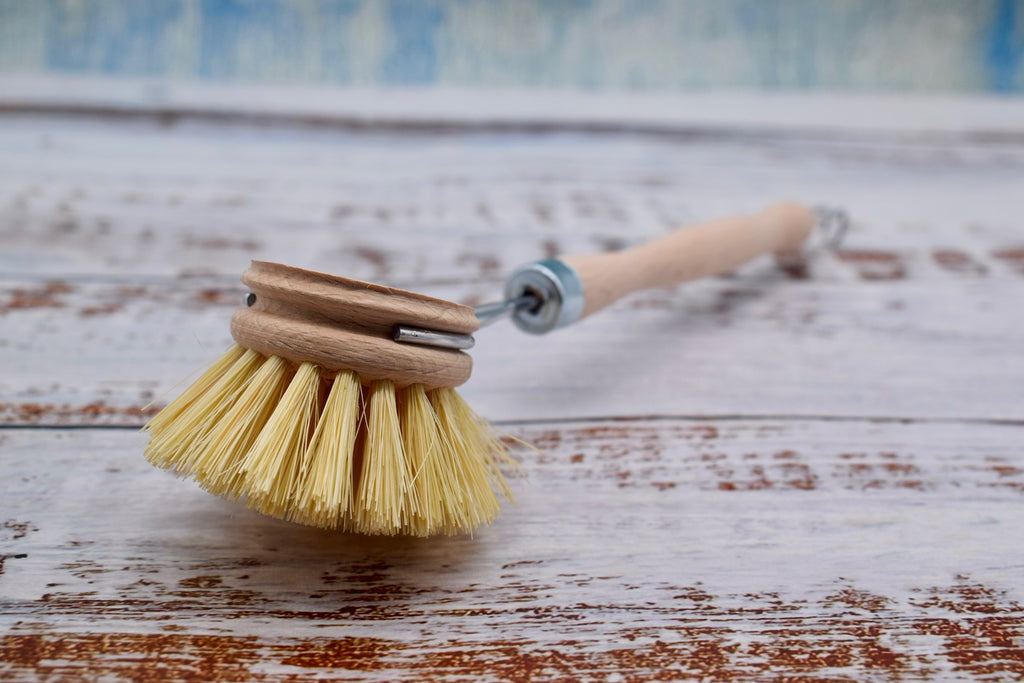 Natural cleaning brush