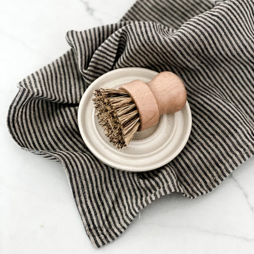 Natural Pot Brush