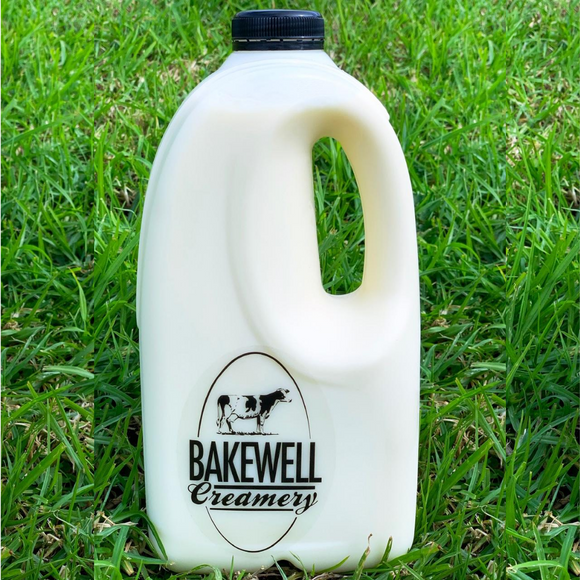 Raw Milk in 2L Plastic Bottle
