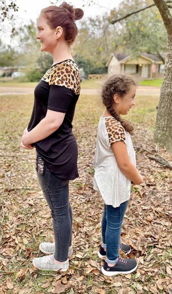 Semi Matching Mommy And Me Leopard Blouse