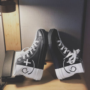 Men Black and white color matching high canvas shoes