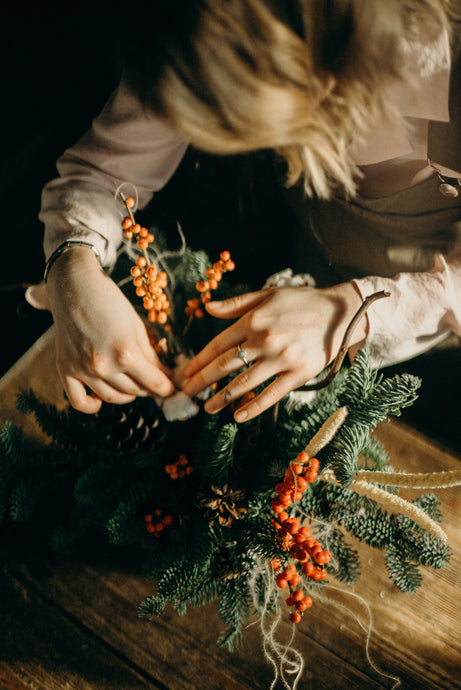 Holiday Wreath Workshop - Saturday, Dec 7th, 9-11am