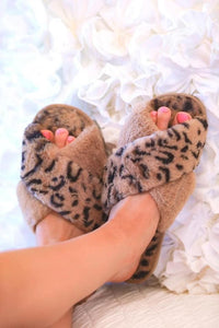 Fuzzy Slippers - Black or Leopard