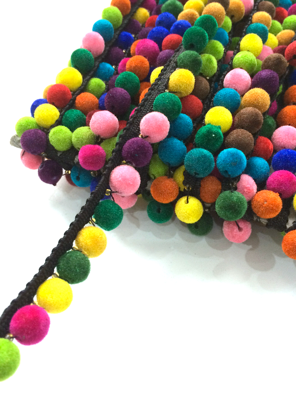 1 Line Big Multicoloured Black Pompom Trim