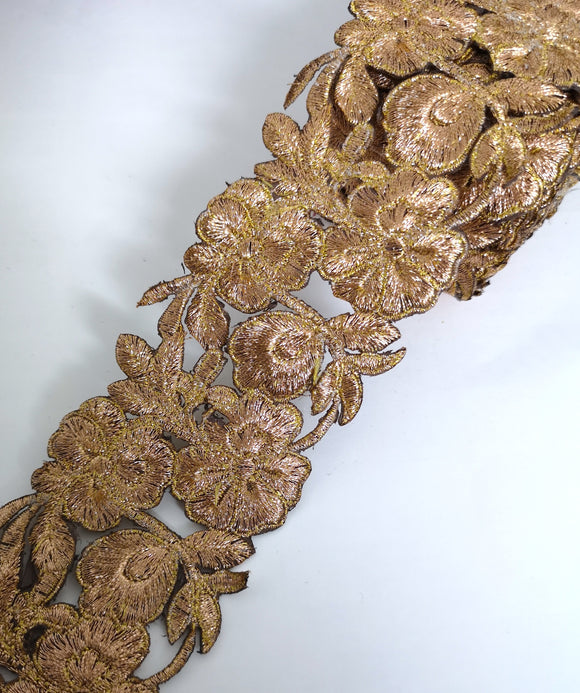 7901 Wide Bronze Pansy Flower Cutwork Trim