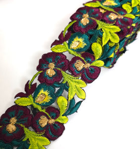 7901 Wide Burgundy, Lime & Jade Pansy Flower Cutwork Trim