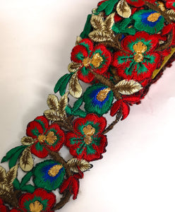 7901 Wide Red, Jade & Blue Pansy Flower Cutwork Trim