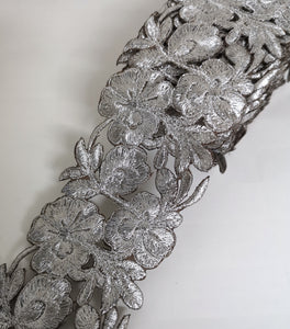 7901 Wide Silver Pansy Flower Cutwork Trim