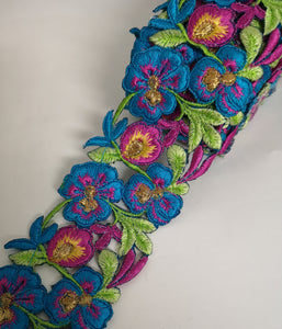 7901 Wide Turquoise, Lilac & Yellow Pansy Flower Cutwork Trim
