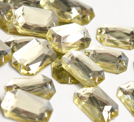 Light Gold 25mm x 18mm Octangle Flat Back Gems