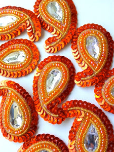 A28 Orange & Gold Small Paisley Shaped Sequin Motif
