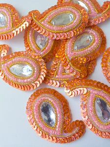 A28 Peach & Gold Small Paisley Shaped Sequin Motif