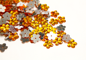 Amber 15mm Flower Flat Back Gems