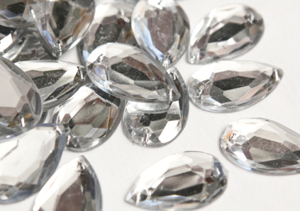 Clear Metallic 20mm x 30mm Teardrop Flat Back Gems
