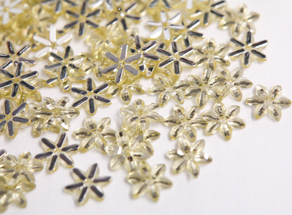 Light Gold 10mm Chikka Flower Flatback Gems