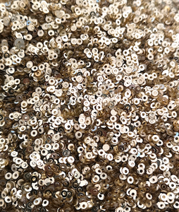 2mm Metallic pale Gold Sequins