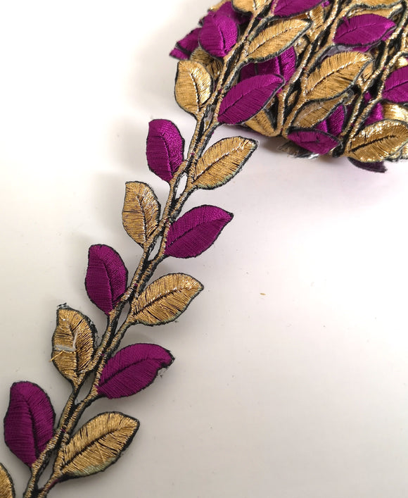 5631 Plum & Gold Leaf Design Iron on Trim