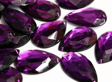 Cadbury Purple 20mm x 30mm Teardrop Flat Back Gems