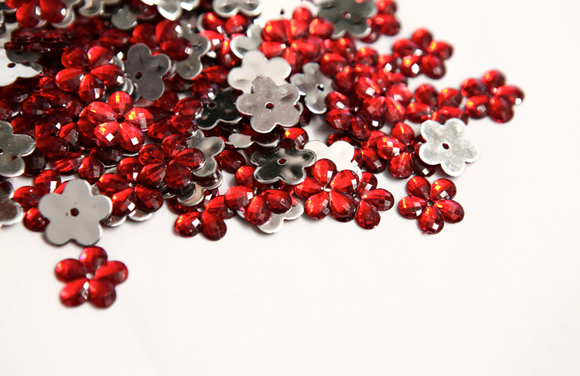 Red 15mm Flower Flat Back Gems