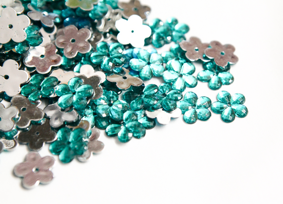 Sea Green Teal 15mm Flower Flat Back Gems