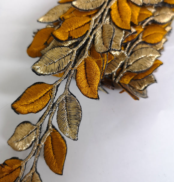 5631 Tan Brown & Gold Leaf Design Iron on Trim