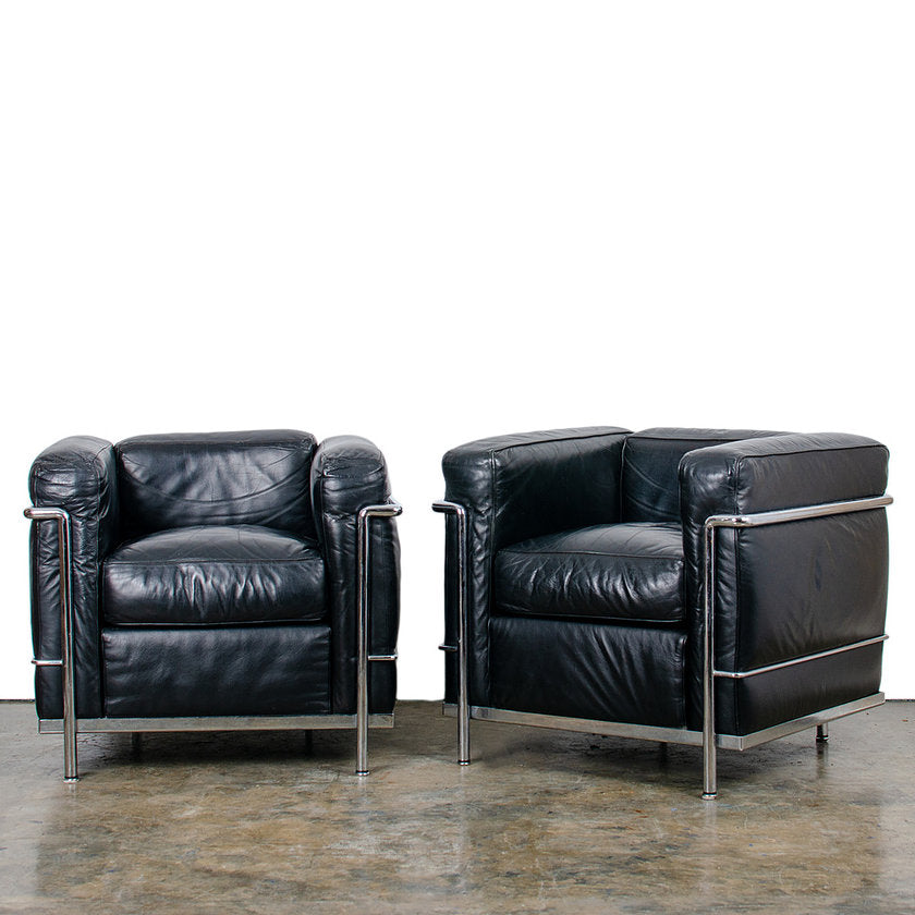 Cassina Le Corbusier LC2 Petit Modele Club Chairs - A Pair