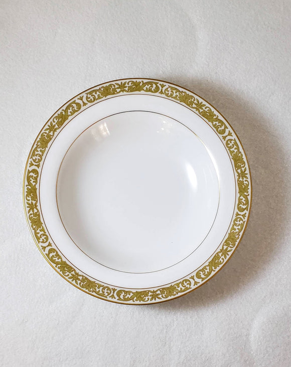 CONCERTO BY MIKASA: Gold-rimmed Soup Bowls