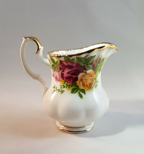 OLD COUNTRY ROSES Creamer by Royal Albert, Gold-trim