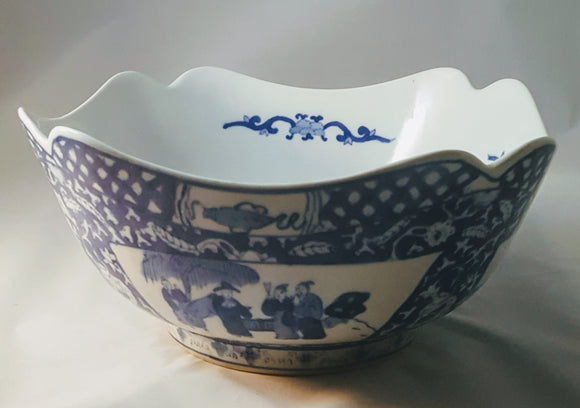 WAVE-EDGE CHINOISERIE BOWL/ BLUE&WHITE/ VILLAGE SCENE/ INTERIOR & EXTERIOR DETAILS