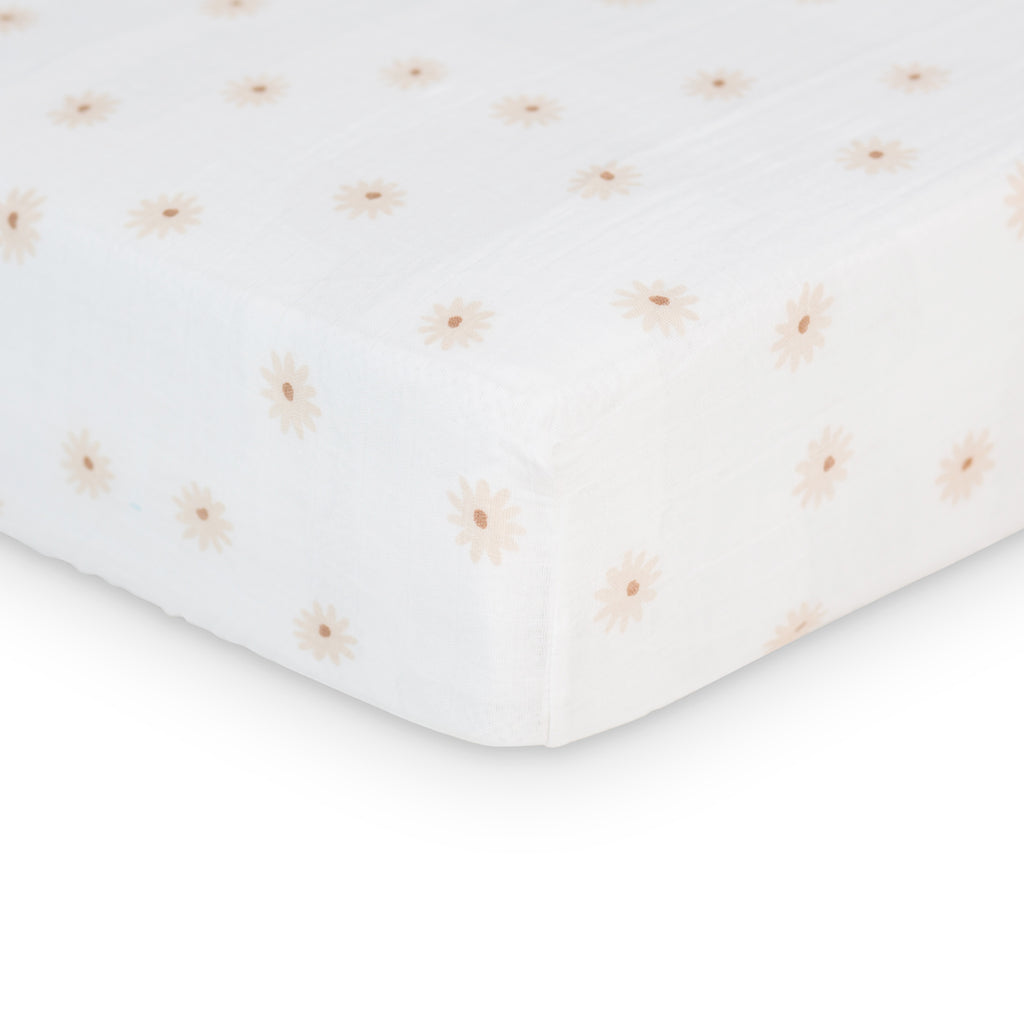 Daisies Crib Sheet