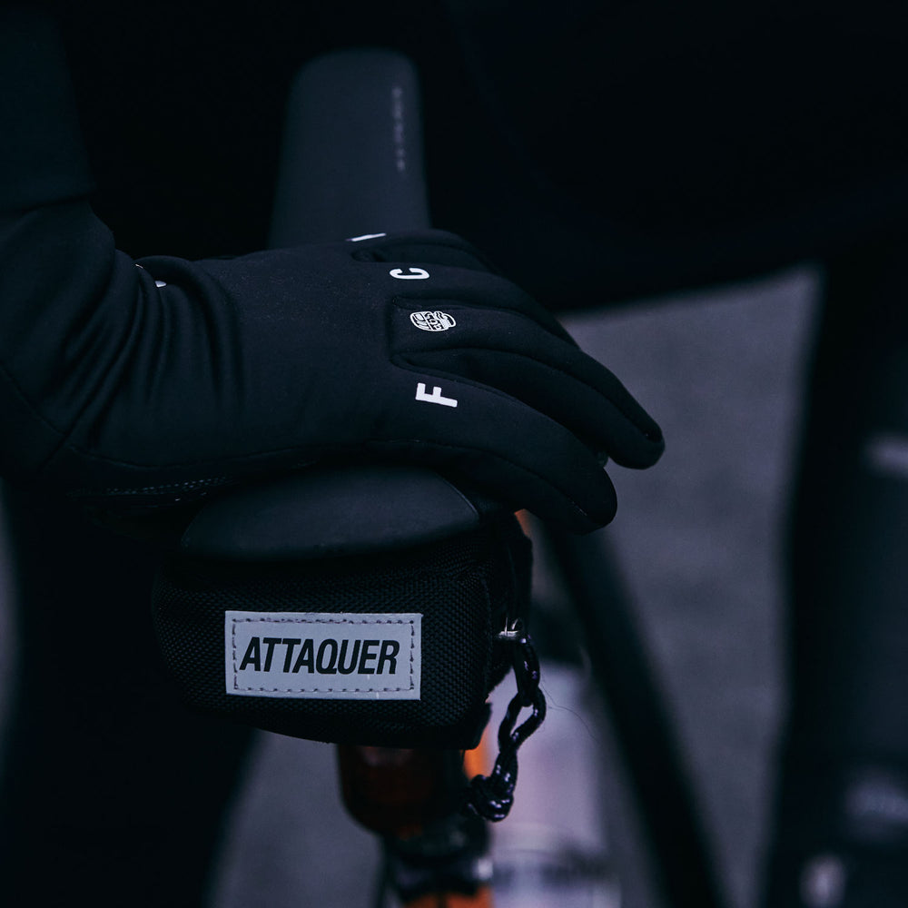 Attaquer Mid Winter F@ck Yeah Gloves lifestyle