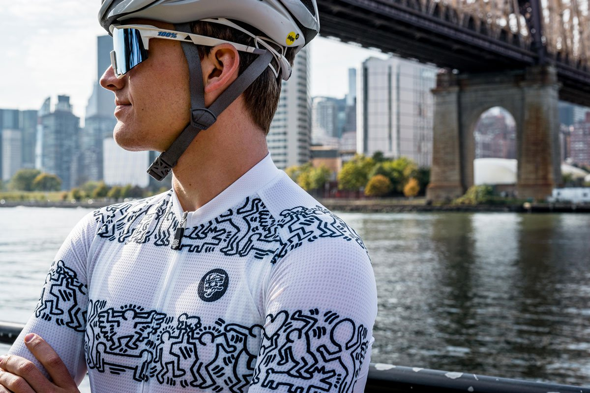 Attaquer x Keith Haring Buddies Jersey lifestyle