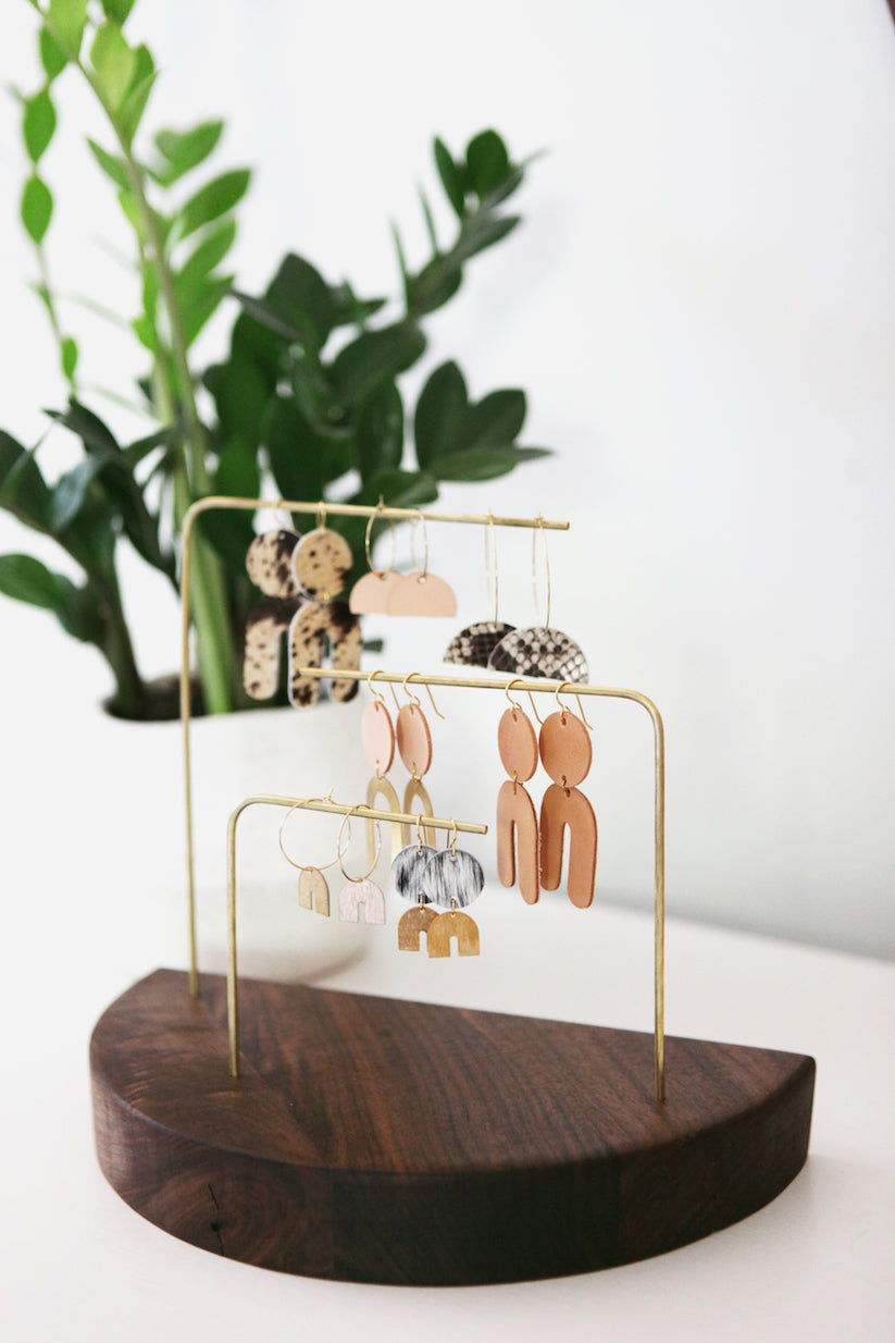 the earring display