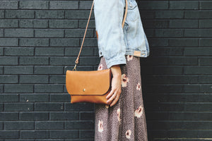 the crossbody, black