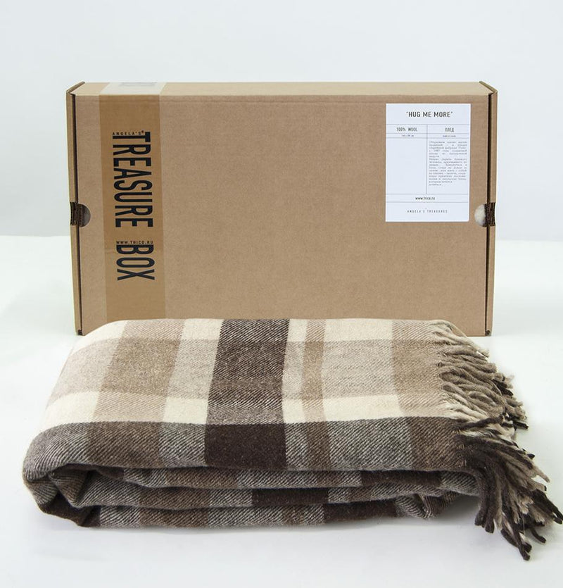 100% Wool Blanket, 200 x 220 cm, collection 'HUG ME MORE...raw' by Runo, Russia, 1887 - Treasure Box