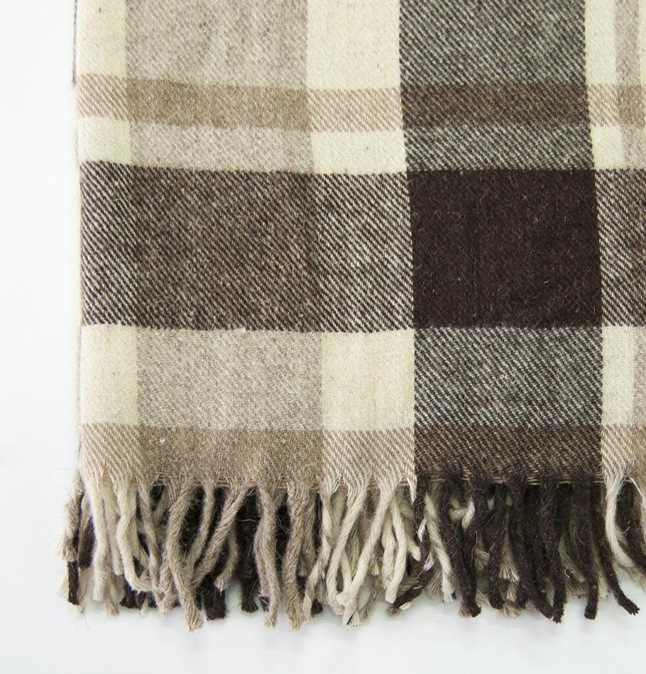 100% Lambs Wool Blanket, 200 x 220 cm, collection 'HUG ME MORE...raw'