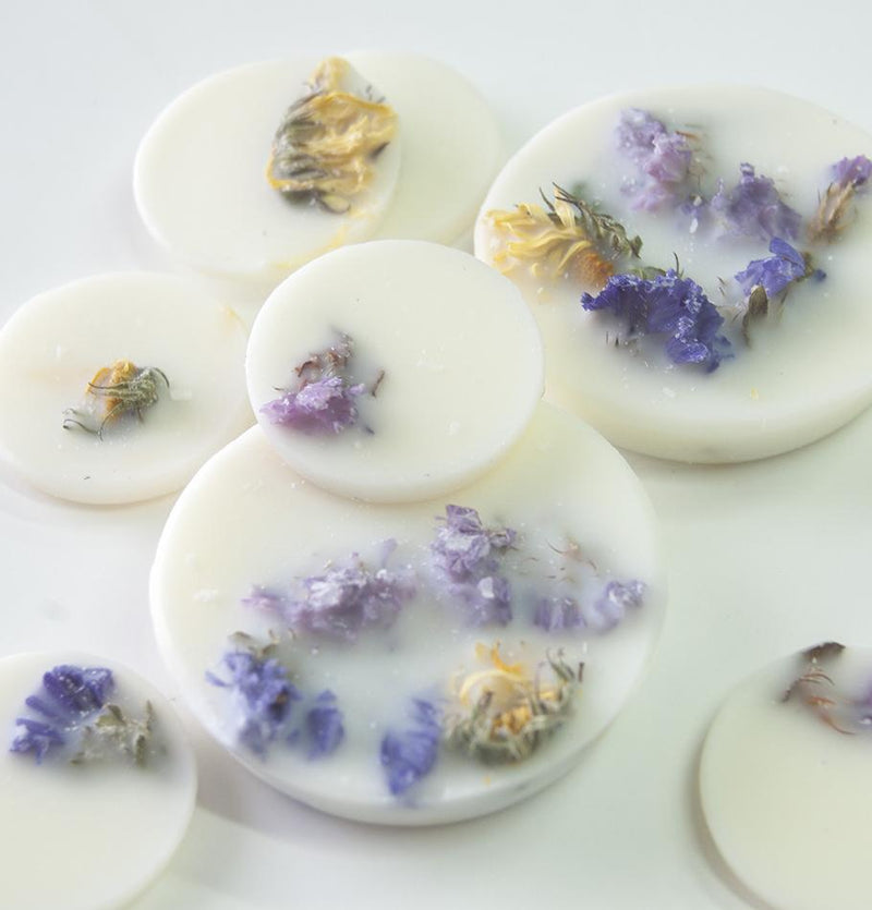 "Scented Soy Wax Candle + Scented Soy Wax Rounds, Wild Flowers, Gift Box:  ""5 SENSES"" - Treasure Box"