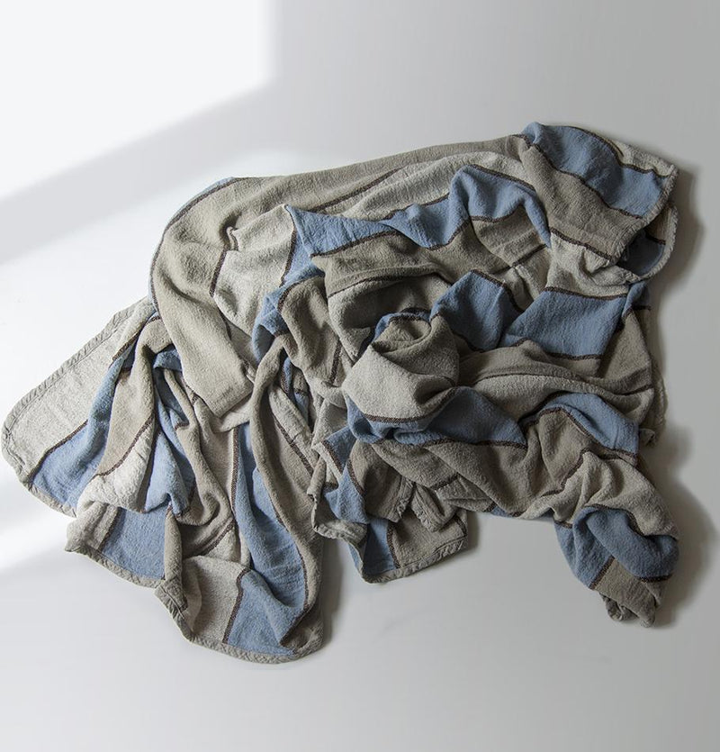 100% Softened Linen Blanket, 210 cm x 220 cm, collection 'WRAP ME UP, BABY' - Treasure Box