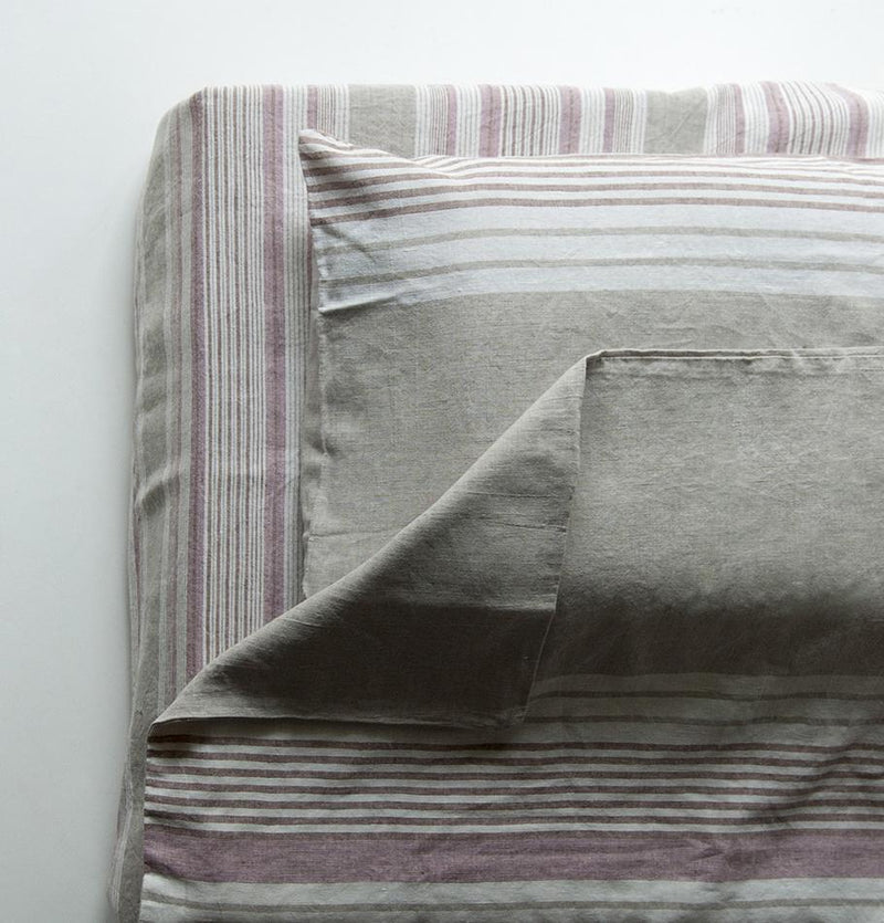 Linen+Cotton Bedset: Sheet 220 x 200 cm, Duvet Cover 220 x 200 cm, Two Pillowcases 50 x 70 cm - Treasure Box