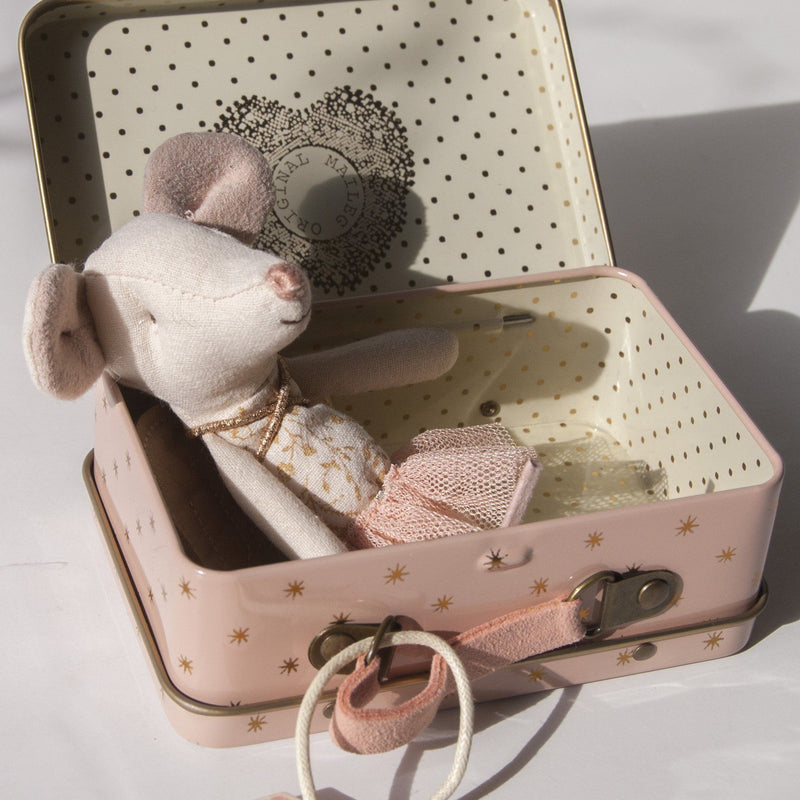 Guardian Angel Mouse Big Sister in Suitcase, 10 cm - Treasure Box