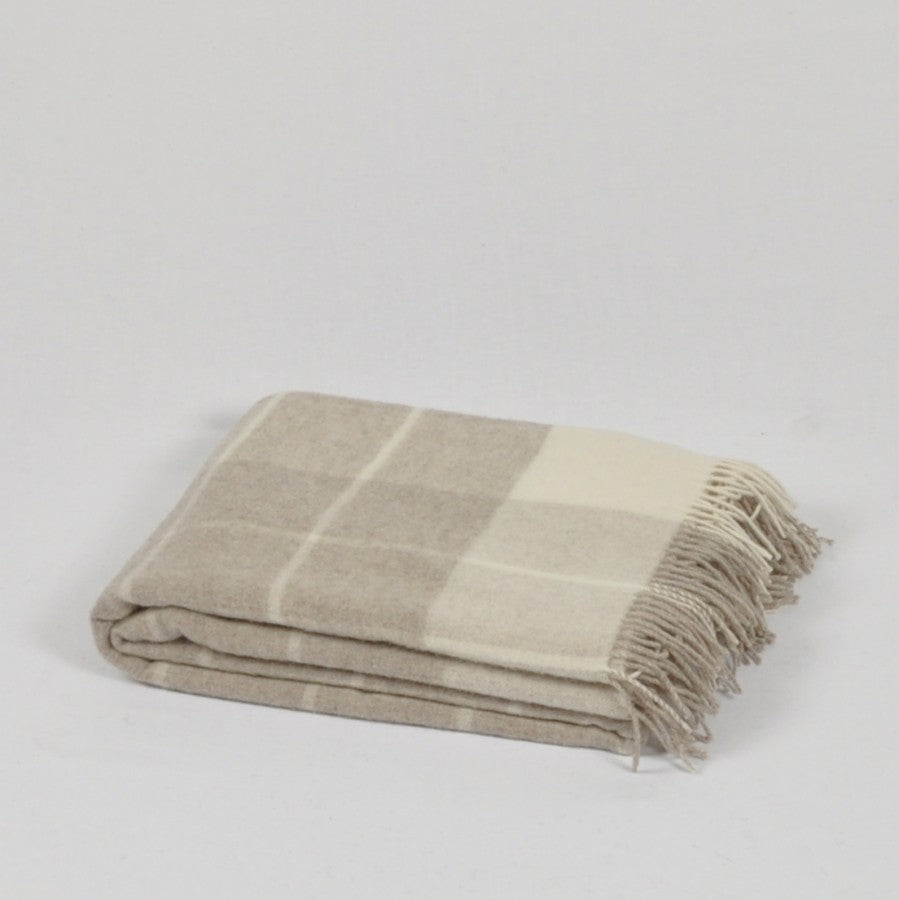 100% Merino Wool Throw / Blanket 'Enna', 140 x 200 cm, collection 'HUG ME MORE...soft' by Drobe, Lithuania,1920 - Treasure Box