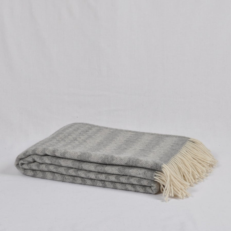 100% Lambs Wool Throw / Blanket 'Anika', 140 x 200 cm, collection 'HUG ME MORE...soft' by Drobe, Lithuania, 1920 - Treasure Box