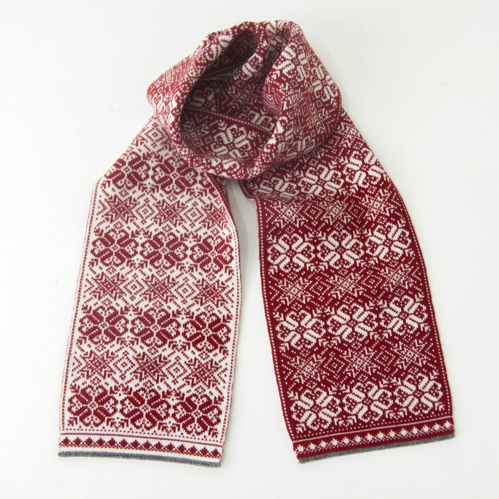 100% Wool Scarf double-sided 'NORDIC STAR'
