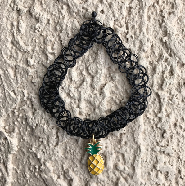 90s VINTAGE PINEAPPLE STRETCH CHOKER