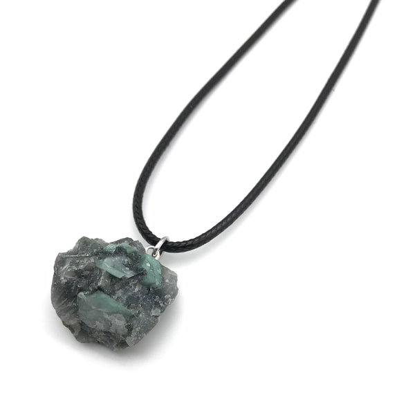 RAW EMERALD GEMSTONE HYPOALLERGENIC CORD NECKLACE 16 to 28 INCHES UNISEX