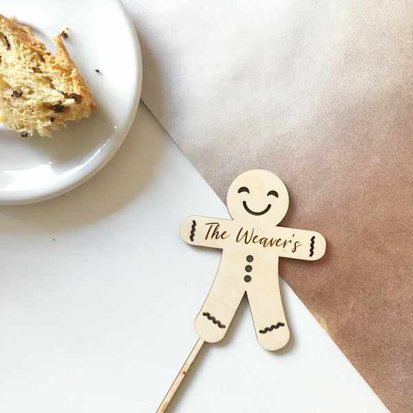 PERSONALISED FAMILY GINGERBREAD CAKE TOPPER