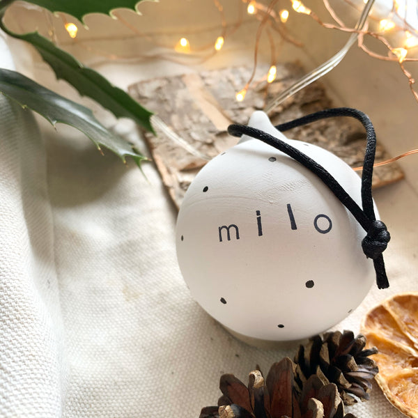 PERSONALISED CERAMIC BAUBLE