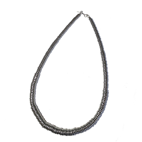 Long metallic necklace - BAZIS