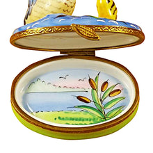 "Load image into Gallery viewer, Rochard ""Duck with Baby"" Limoges Box"